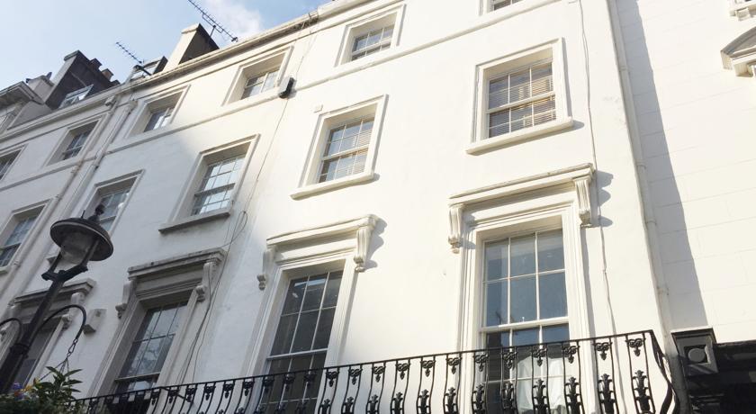 3 Bathurst Street