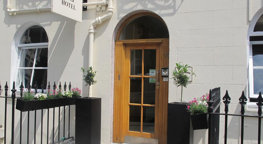 Alhambra Hotel London