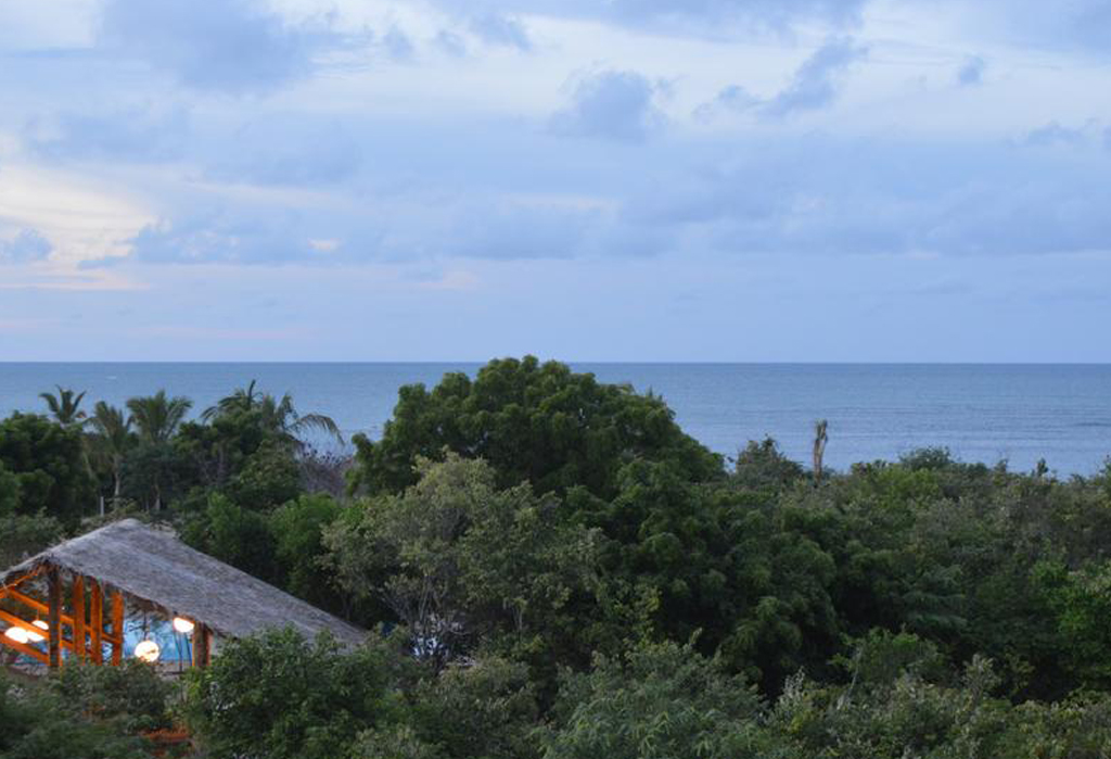 Giman Free Beach Resort