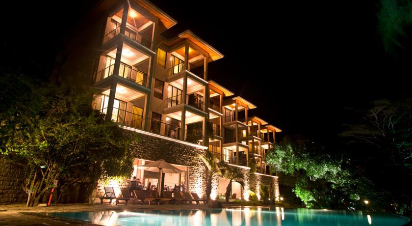 Randholee Resorts