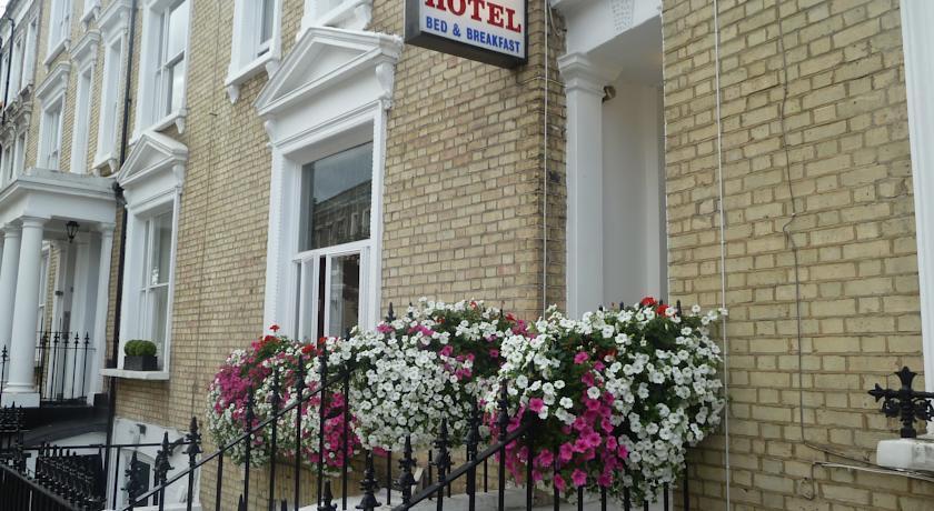 queens hotel london
