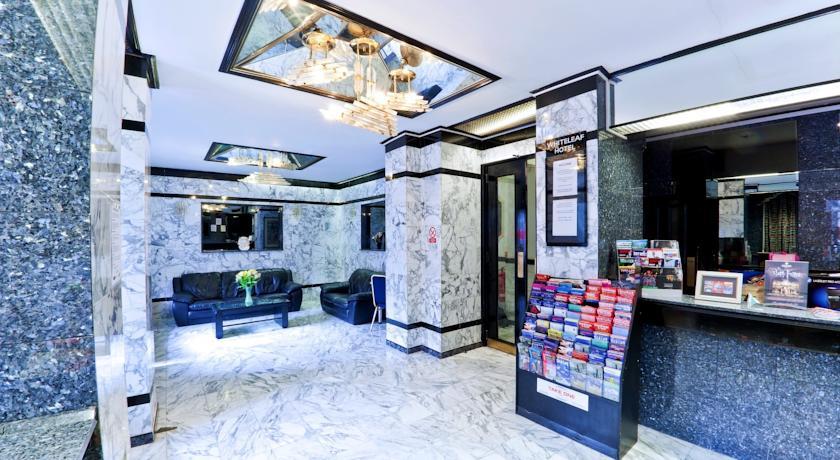 Whiteleaf Hotel